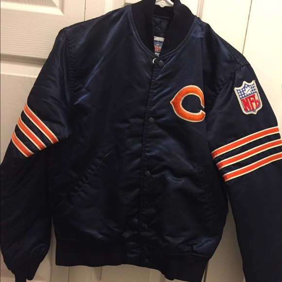 f63c53725ad NFL Chicago Bears Starter Jacket (Youth). M 5a7baa2acaab447b73006d91